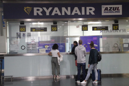 View of the Ryanair complaints desk in Barcelona airport on September 2, 2019. (Photo: Andrea Zamorano)