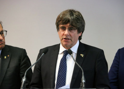 Former Catalan president Carles Puigdemont during a joint press conference with Quim Torra in Brussels. (Photo: Natàlia Segura)