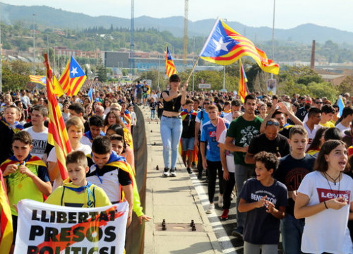 Catalans join the Marches for Freedom after the conviction of 9 independence leaders (by ACN)