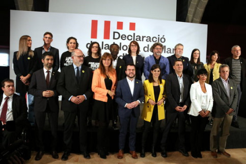 Representatives of sovereign parties from across Spain who signed the Llotja de Mar Declaration in October, 2019 (by Pau Cortina)