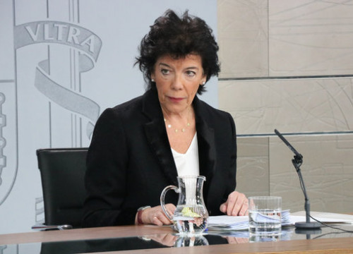 Isabel Celaá gave a press conference at the Council of Ministers (by Roger Pi de Cabanyes)