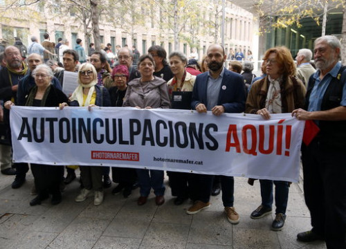 The campaign is taking a stand in solidarity with the jailed political leaders (by Guillem Roset)