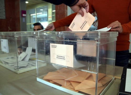 Ballot box in Tarragona in the November 10 Spanish general election (by Mar Rovira)