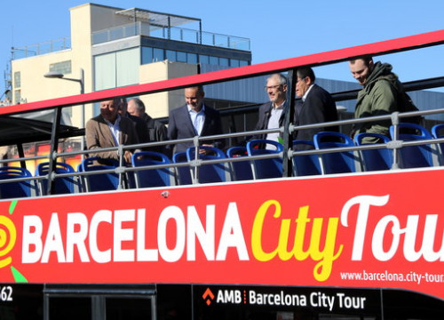 All tourist buses will have zero emissions in three years (by Jordi Bataller)