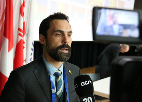 The Catalan speaker, Roger Torrent, talking to the Catalan News Agency on November 14, 2019 (by Alan Ruiz Terol)