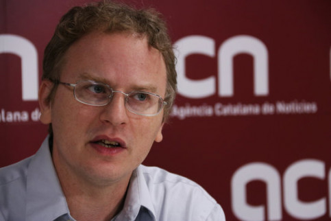 Author Paul Engler in an interview with the Catalan News Agency (by Alan Ruiz Terol)