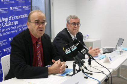Image from the press conference organised by the Col·legi d'Economistes (by Guifré Jordan