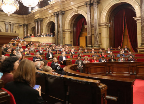 General shot of the Catalan parliament in session on January 4, 2020 (by Mariona Puig)