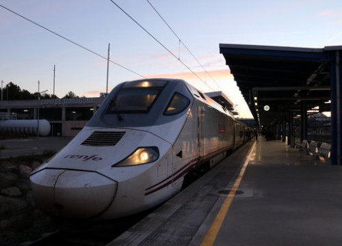 The first Euromed high-speed train arrives at Camp de Tarragona station on January 13, 2020 (by Mar Rovira)