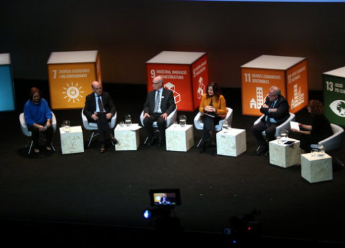 Roundtable discussion between companies and economic institutions at the Catalan Climate Summit in the Catalan National Theater, January 17, 2020 (by Pol Solà)