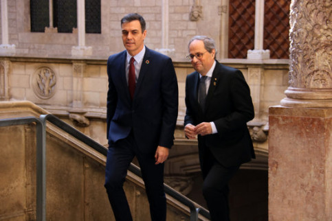 Pedro Sánchez and Quim Torra meet at the Catalan government headquarters in February, 2020 (by Bernat Vilaró)