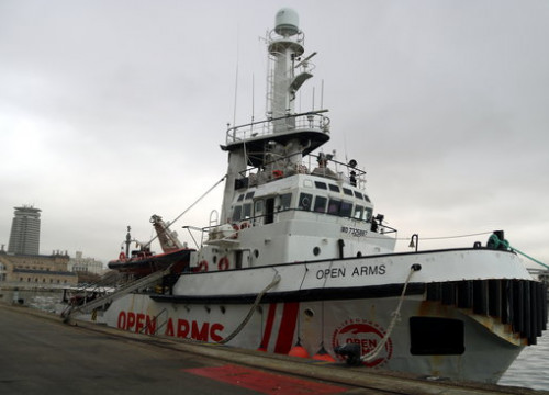 The Open Arms rescue ship docked in the Port of Barcelona, February 14, 2020 (by Àlex Recolons)