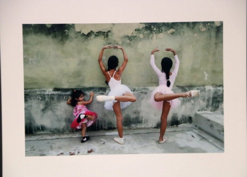 A photograph by Cuban photographer Leysis Quesada at the FineArt Igualada festival, February 20, 2020 (by Laura Busquets)