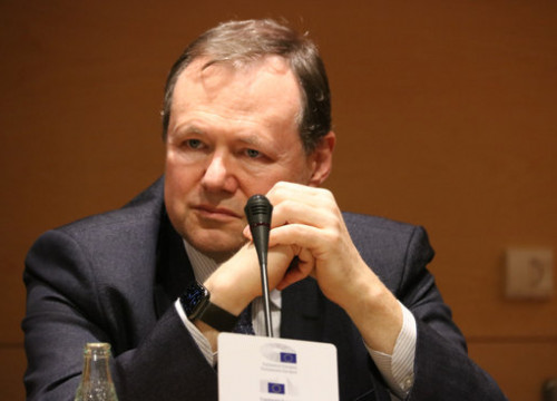 European Commission's Chief Technology Officer, Roberto Viola, speaking at an event in Barcelona in February 2020 (by Guifré Jordan)
