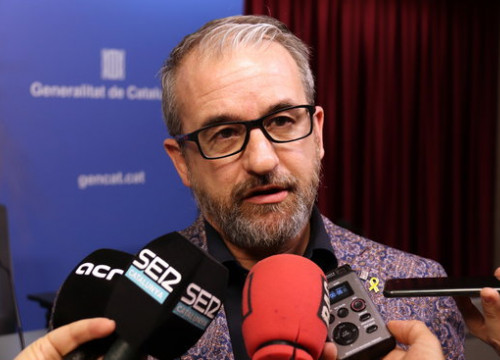 Secretary-general of the Catalan labor department, Josep Ginesta, speaking to media, March 3, 2020 (Aina Martí)