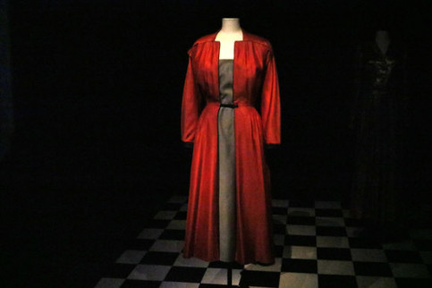 The Saint-Ouen coat from Christian Dior's spring-summer 1949 collection by Gala on display at Púbol Castle (By:Aleix Freixas)