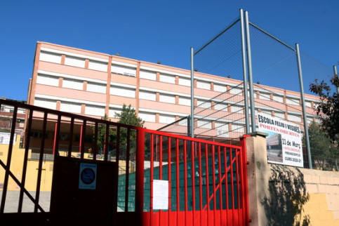 Feliu Vegués school in Badalona, shut due to the coronavirus crisis, March 11, 2020 (by Norma Vidal)