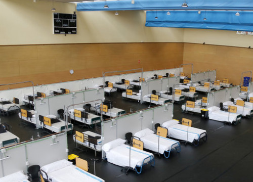 Image of the space in Guttmann institute adapted as hospital, in Badalona, on April 7, 2020 (by Jordi Pujolar)