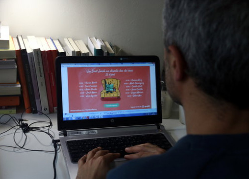 A reader looks at the various online programmes offered by publishers Grup 62 (by Pere Francesch)