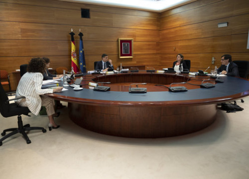 Spanish government Council of Ministers hold a meeting led by president Pedro Sánchez (by Pool Moncloa / Borja Puig de la Bellacasa)