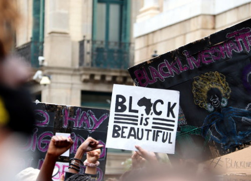 Some signs of the Black Lives Matter protest held in Barcelona on June 7, 2020 (by Mar Rovira)