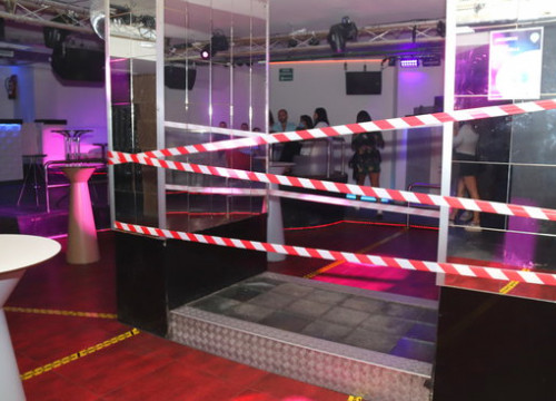 A nightclub called Totem in Tarragona, with its dance floor sealed off, on June 13 (by Eloi Tost)