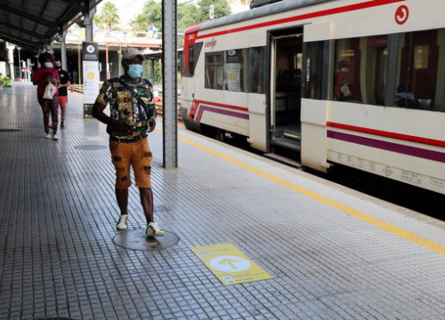 A train station operated by Renfe in Martorell (by Jordi Bataller)