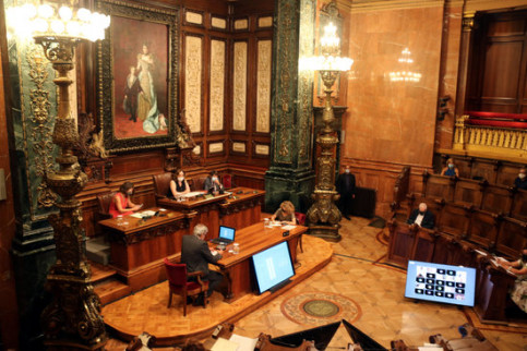 Extraordinary session of Barcelona City Council to debate the monarchy, August 27, 2020 (by Miquel Codolar)