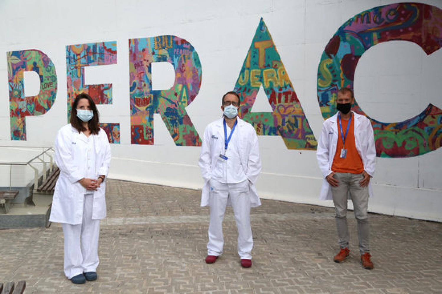 Researchers of Vall d'Hebron hospital's VHIR research center (by VHIR)
