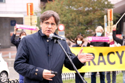 Carles Puigdemont at a rally in front of the European Parliament on October 1, 2020 (by Nazaret Romero)