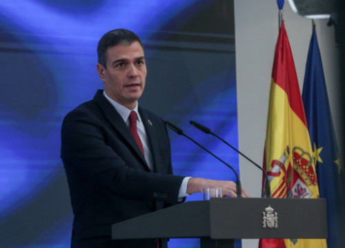 Spanish president Pedro Sánchez presents the investment plan that will use European recovery funds, October 7, 2020 (Moncloa Pool/JM Cuadrado)
