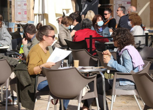 A terrace in Tarragona, on the day bar and restaurant closures were announced, October 14, 2020 (Eloi Tost)