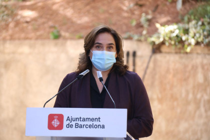 Barcelona mayor Ada Colau speaking at an event in October 2020 (by Mariona Puig)