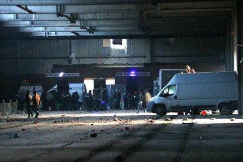 Image of an abandoned warehouse in Llinars del Vallès, where a New Year's rave was held, on January 2, 2021 (by Carola López)