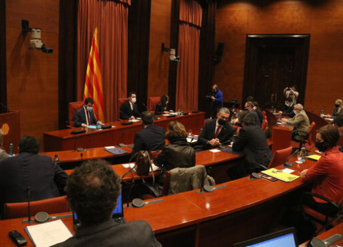 Parliamentary groups discuss the February 14 Catalan elections (by Mariona Puig)