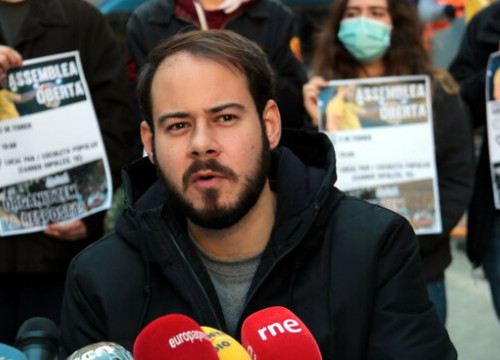 Rapper Pablo Hasél during a press conference he gave outside the Socialists' offices in Lleida, February 1, 2021 (by Salvador Miret)
