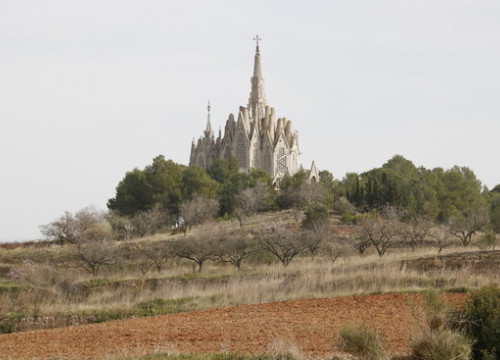 Jujol's sanctuary of La Mare de Déu de Montserrat in the village of Montferri, near Tarragona, February 2021 (by Núria Torres)