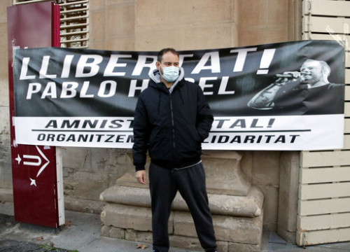 Pablo Hasél, Catalan rapper in front of Lleida University, February 10, 2021 (Oriol Bosch)