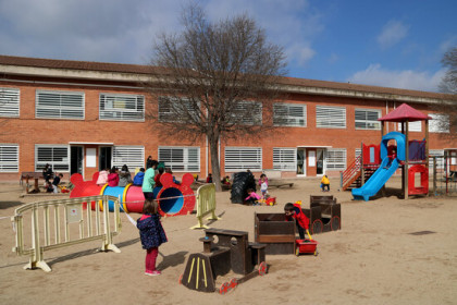 Playground at Monsenyor Gibert School in Sant Fruitós de Bages, March 9, 2021 (by Estefania Escolà)