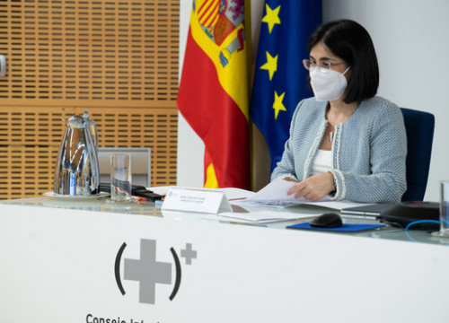 Spanish health minister Carolina Darias during at an inter-regional meeting to discuss pandemic management (image by Pool Moncloa / Borja Puig de la Bellacasa)