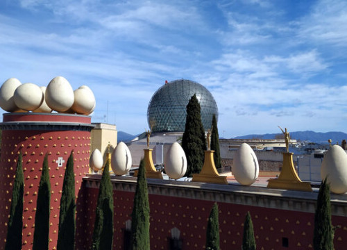 The dome of the Dalí Theater-Museum in Figueres being cleaned (Image: Gala - Salvador Dalí Foundation)