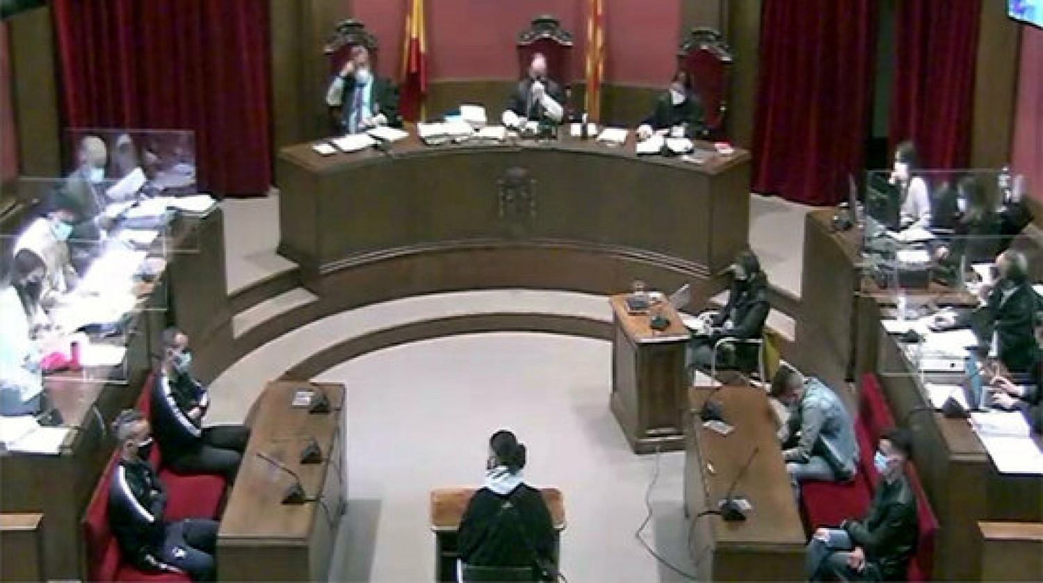 The Barcelona high court hears the case of a gang-rape in Sabadell (by TSJC)
