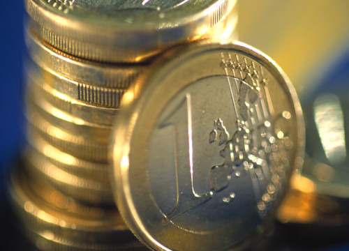 One euro coins (by ACN)
