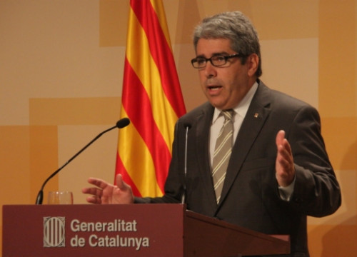 The Catalan Government's Spokesperson, Francesc Homs, presenting the report (by P. Mateos)