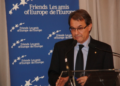 The President of the Catalan Government, Artur Mas, giving his speech in Brussels' Friends of Europe (by L. Pous)