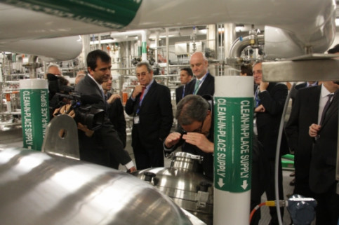 The Catalan delegation visiting Grífols' new plant in North Carolina (by P. Mateos)