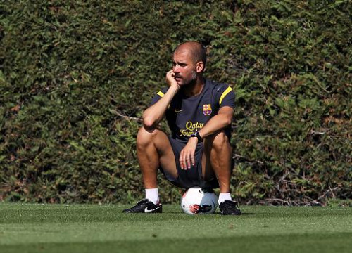 Pep Guardiola at this Friday's training (by FC Barcelona)