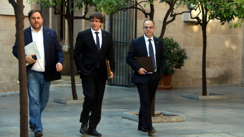 Catalan president, Carles Puigdemont, vice president, Oriol Junqueras, and  counsellor of the presidency, Jordi Turull, on October 10 (by ACN)