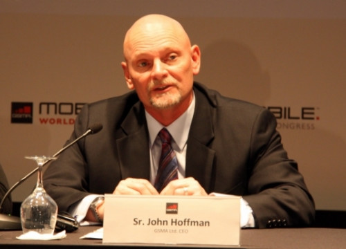 John Hoffman presenting this year's Mobile World Congress (by A. Recolons)