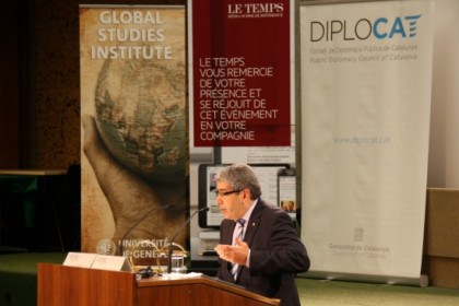 The Catalan Minister Francesc Homs speaking at the University of Geneva (by L. Pous)